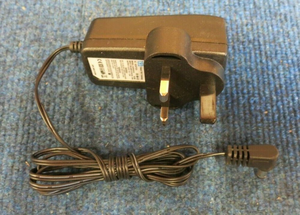 Channel Well Technology CAP018121 UK Plug AC Power Adapter Charger 18W 12V 1.5A